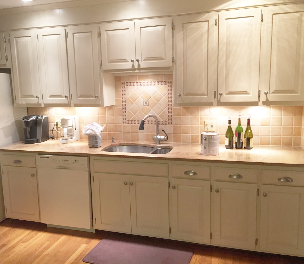 After: Off White Kitchen Finishing, Southington, CT